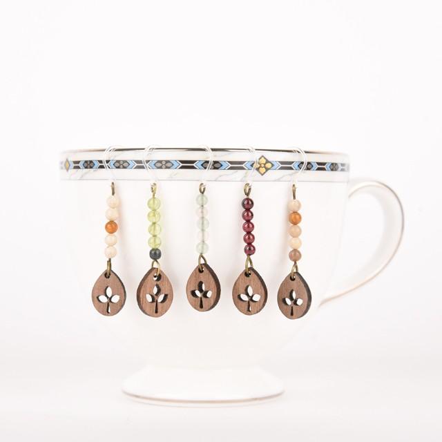お茶好きのアクセサリー「Teaピアス」5つのテイストで新登場