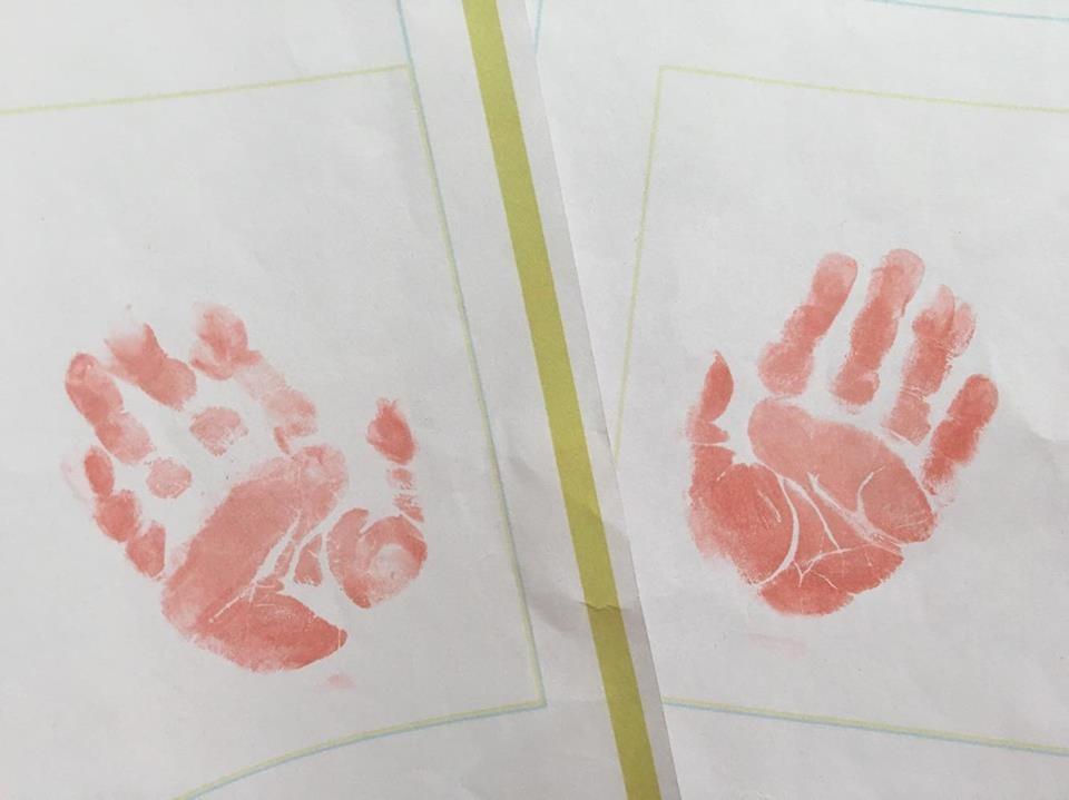 赤ちゃんの手形足形を上手に取る方法って!? 今しか作れない赤ちゃんのメモリアルグッズ