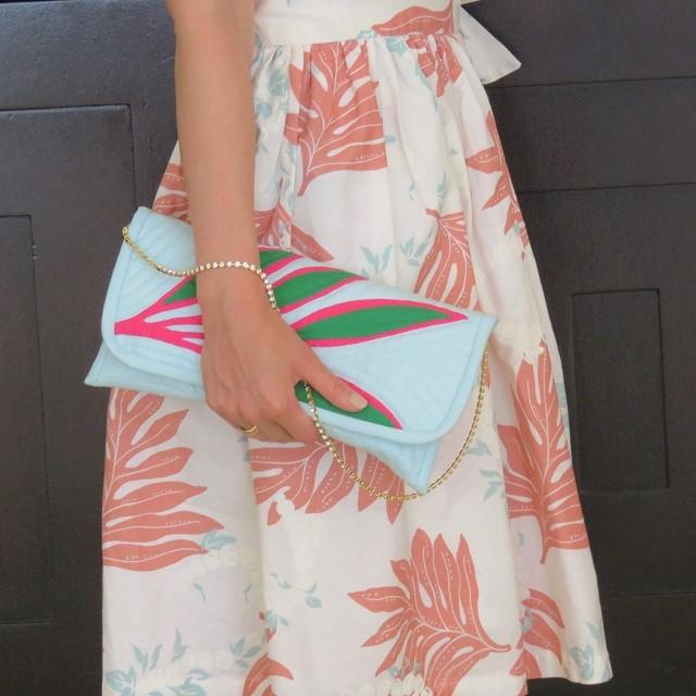 ティーリーフのクラッチバッグ パーティーに華やかさを添えて。ハワイ挙式ご出席のゲスト様へ♡