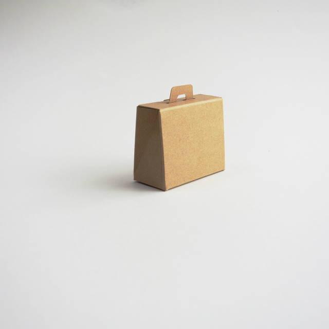鞄の形をした小さな箱 プチギフトにも
