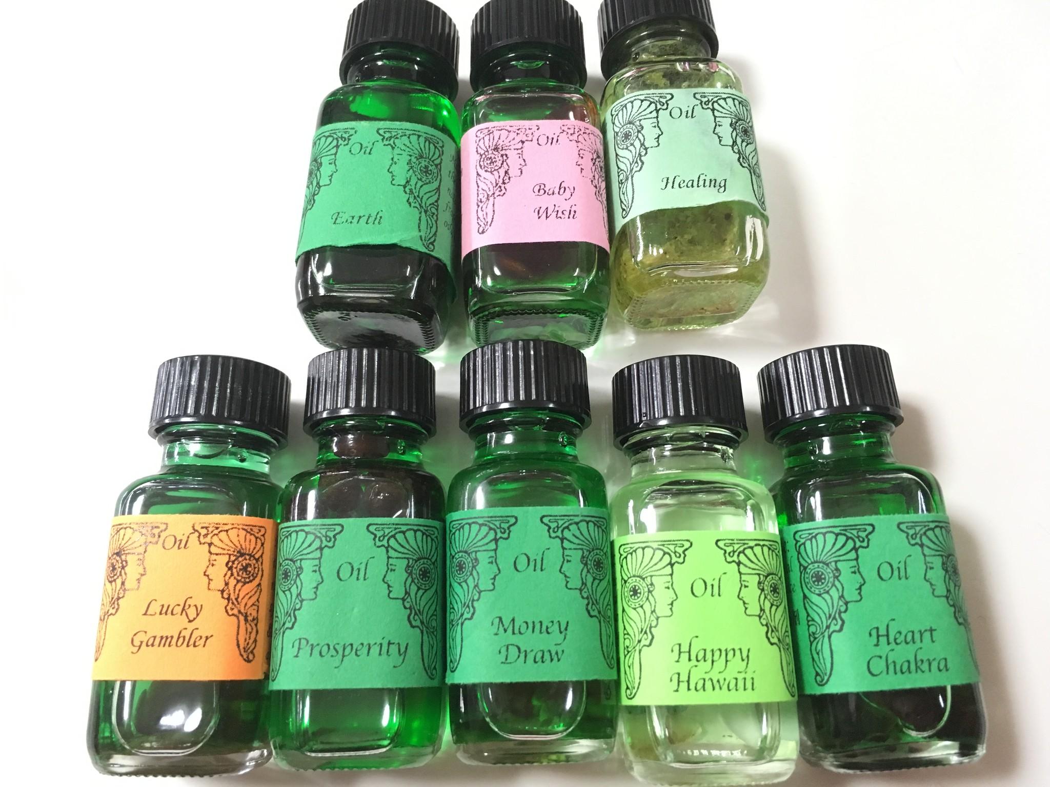 当店取扱いメモリーオイル一覧〜カラーでまとめたら、グリーンが一番多かったです。