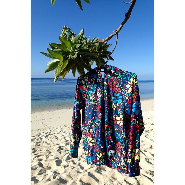 プール、海&川遊び、野外フェスにオススメ!UVカットパーカーが日差しから美肌を守ります♪
