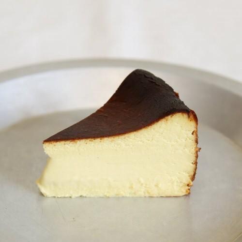 アスパラ バスク風チーズケーキ 数量限定販売のお知らせ