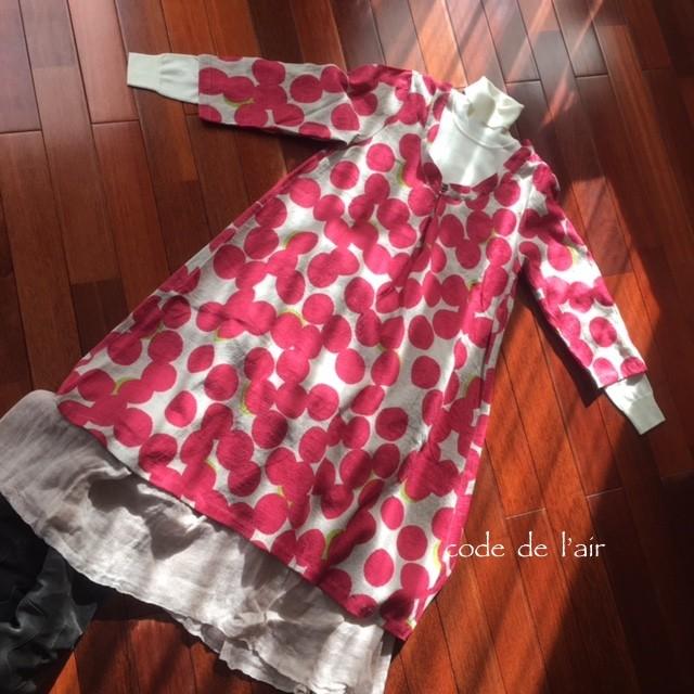 寒い季節もリネンを楽しむ!LUVピンク水玉・リネン100%ワンピース