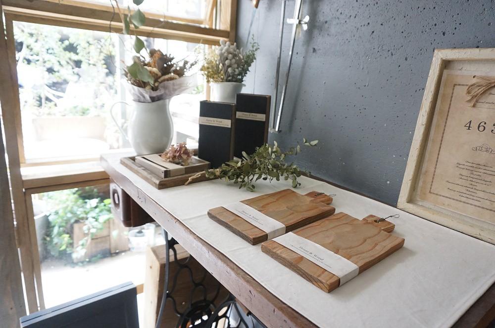 木のインテリア雑貨と「色」を暮らしの中に取り入れたら自分らしい居心地のいい暮らしが実現できますよ