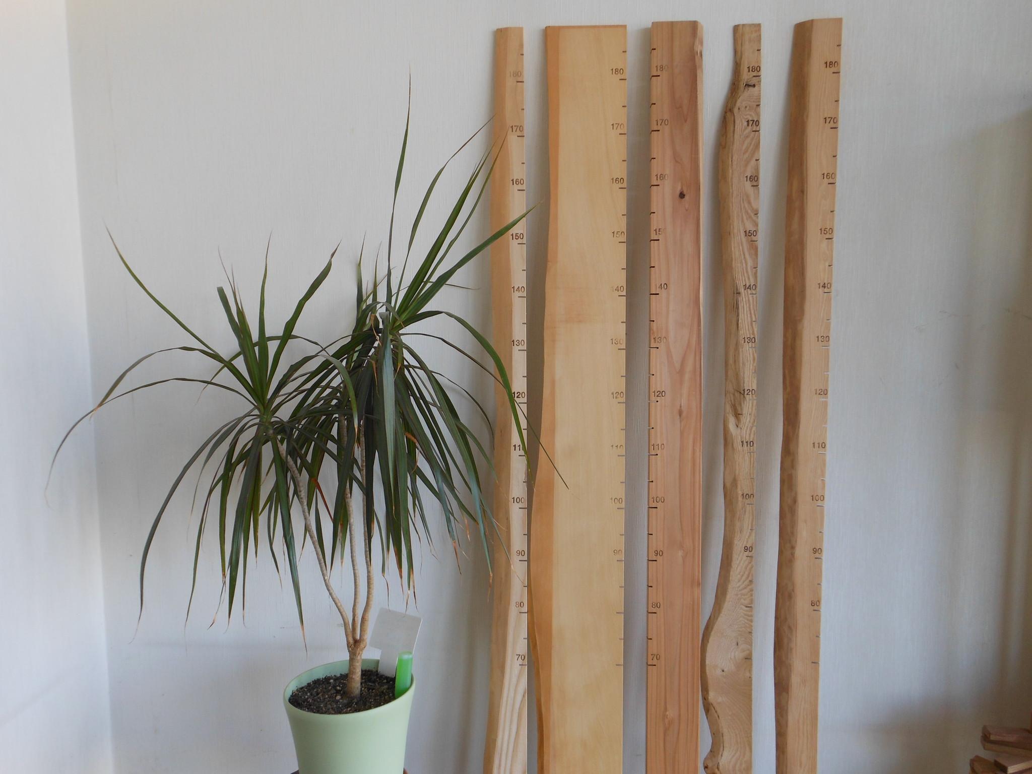 木製身長計【背くらべ】で子供の成長を木に刻んで残しませんか?