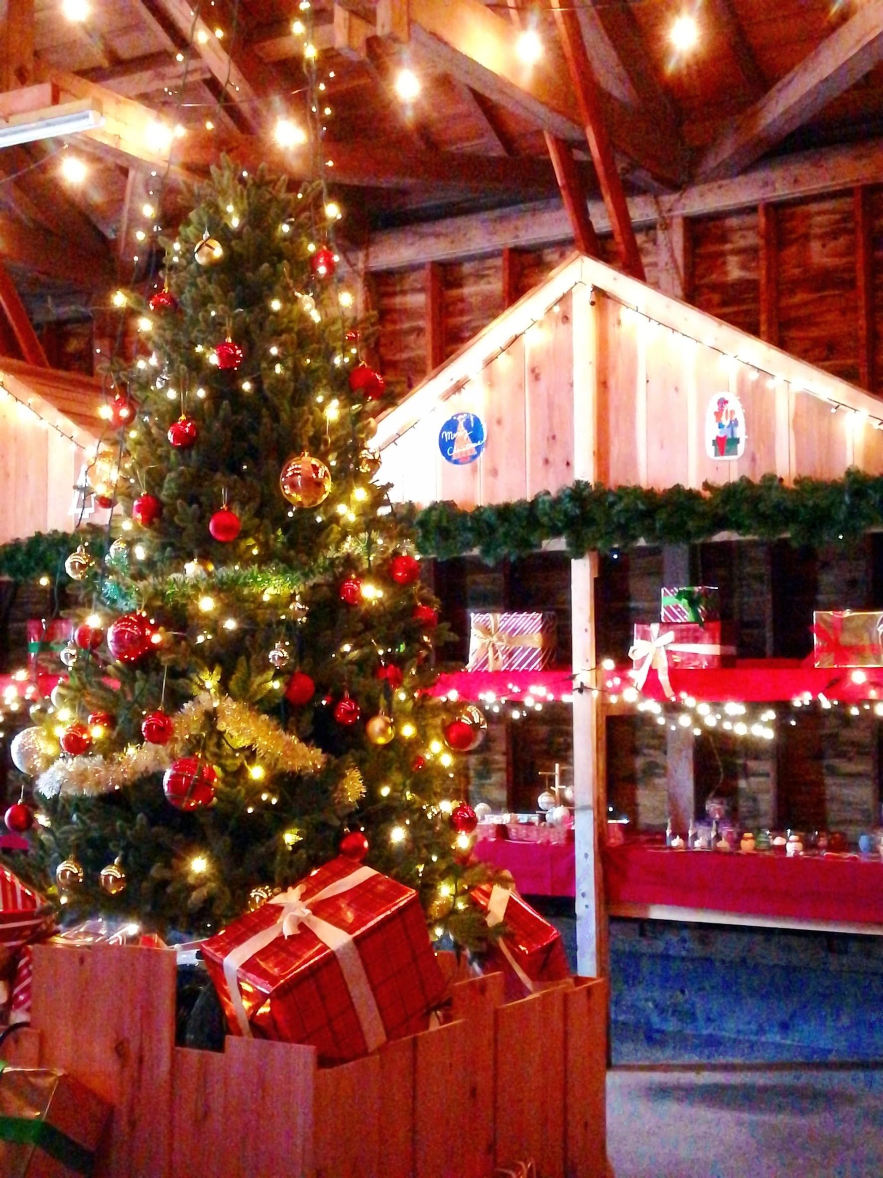 クリスマスマーケット始まりました