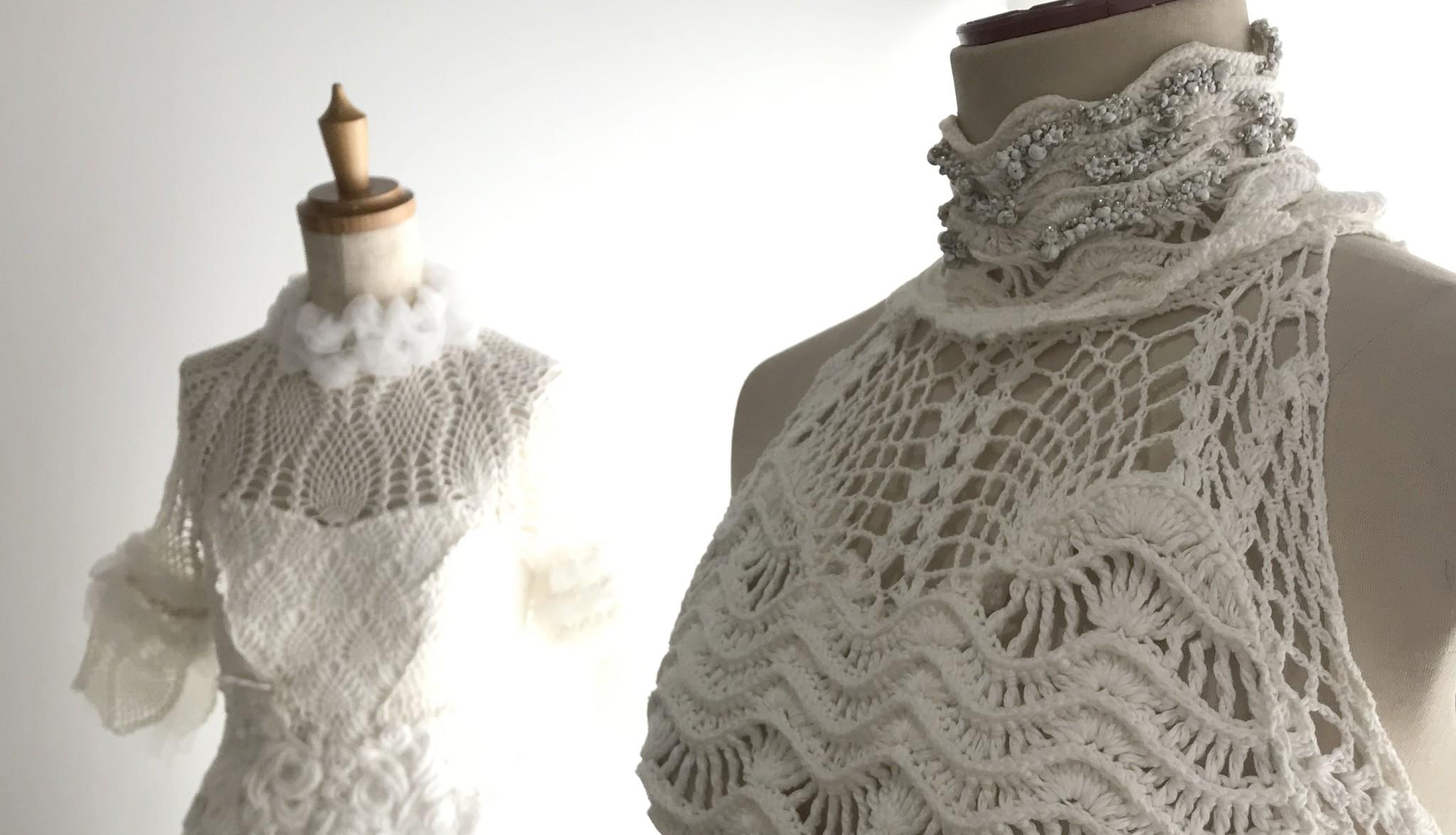 なぜ「ニットウエディングドレス」を作り続けるのか? 【記者カミュさんによる取材記事です。】