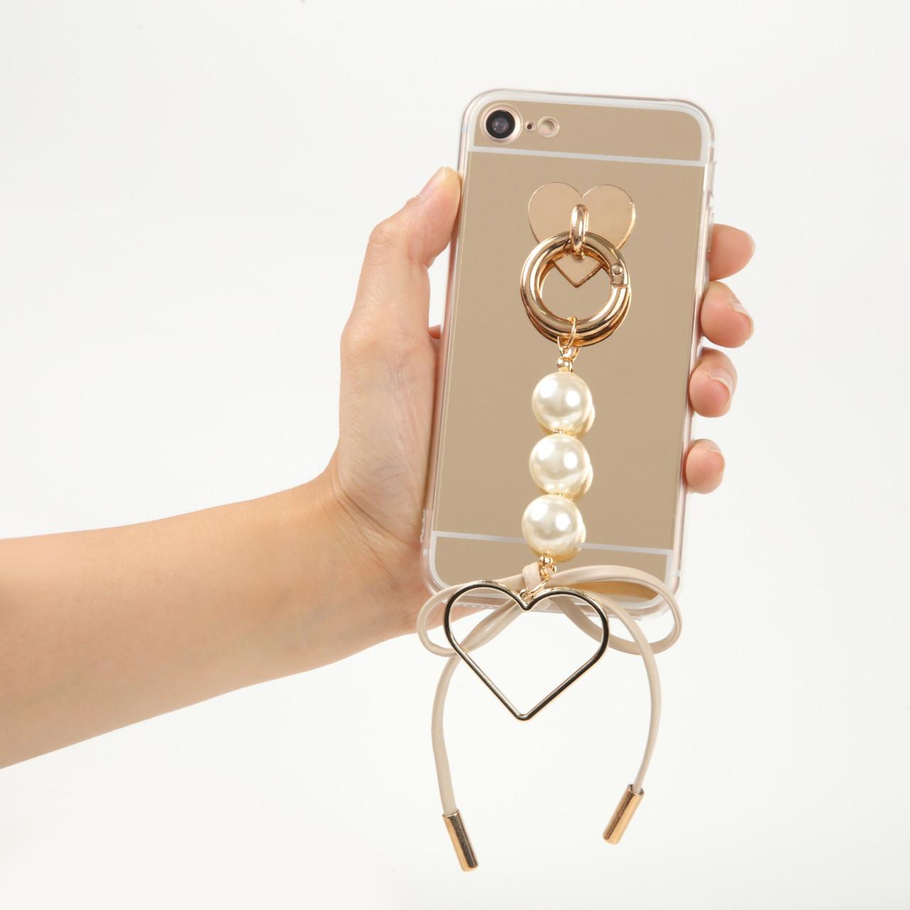 大人女子にはたまらない♡パールとリボンがかわいいiPhoneケース