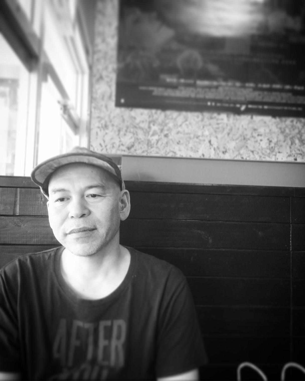 """【アルバム『why?』リリース記念】 上地gacha一也""""勢理客オーケストラ""""を語る<上>"""