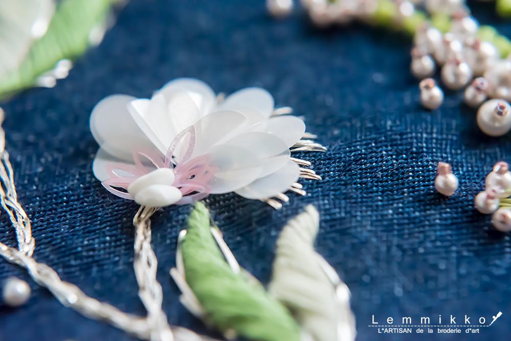 - atelier - お花のリュネビル刺繍