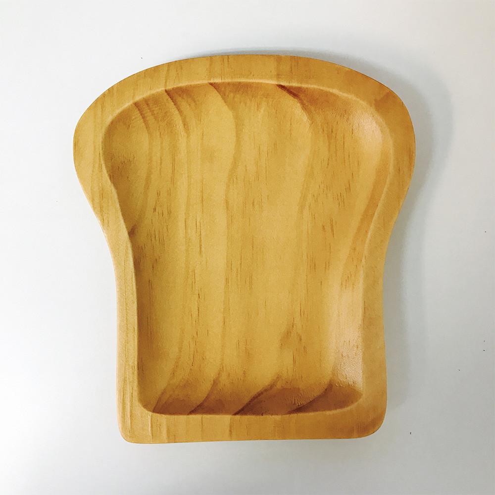 パンをのせたくなる木製ブレッドトレイ