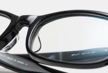 【特集】鯖江製の老眼鏡 「ウェリントン・プレミアム」