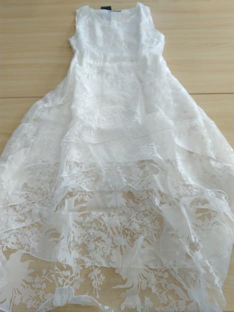 レースのドレスを今のうちに楽しんじゃいましょう!