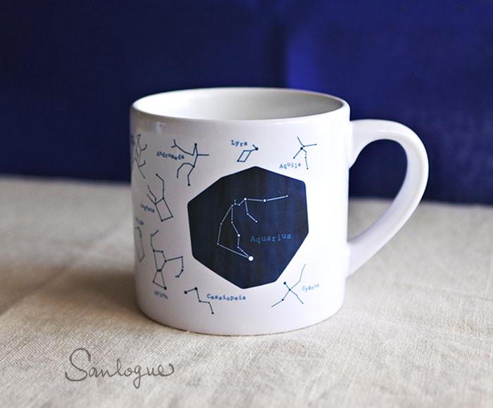 あなたは何座? 冬の夜空を思わせる星座柄のオリジナルマグカップ