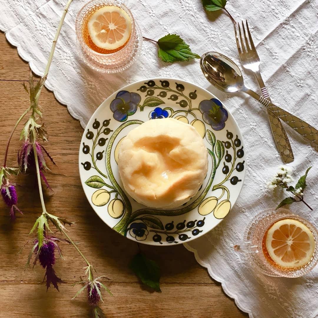カフェの撮影用に食器をご使用頂きました!