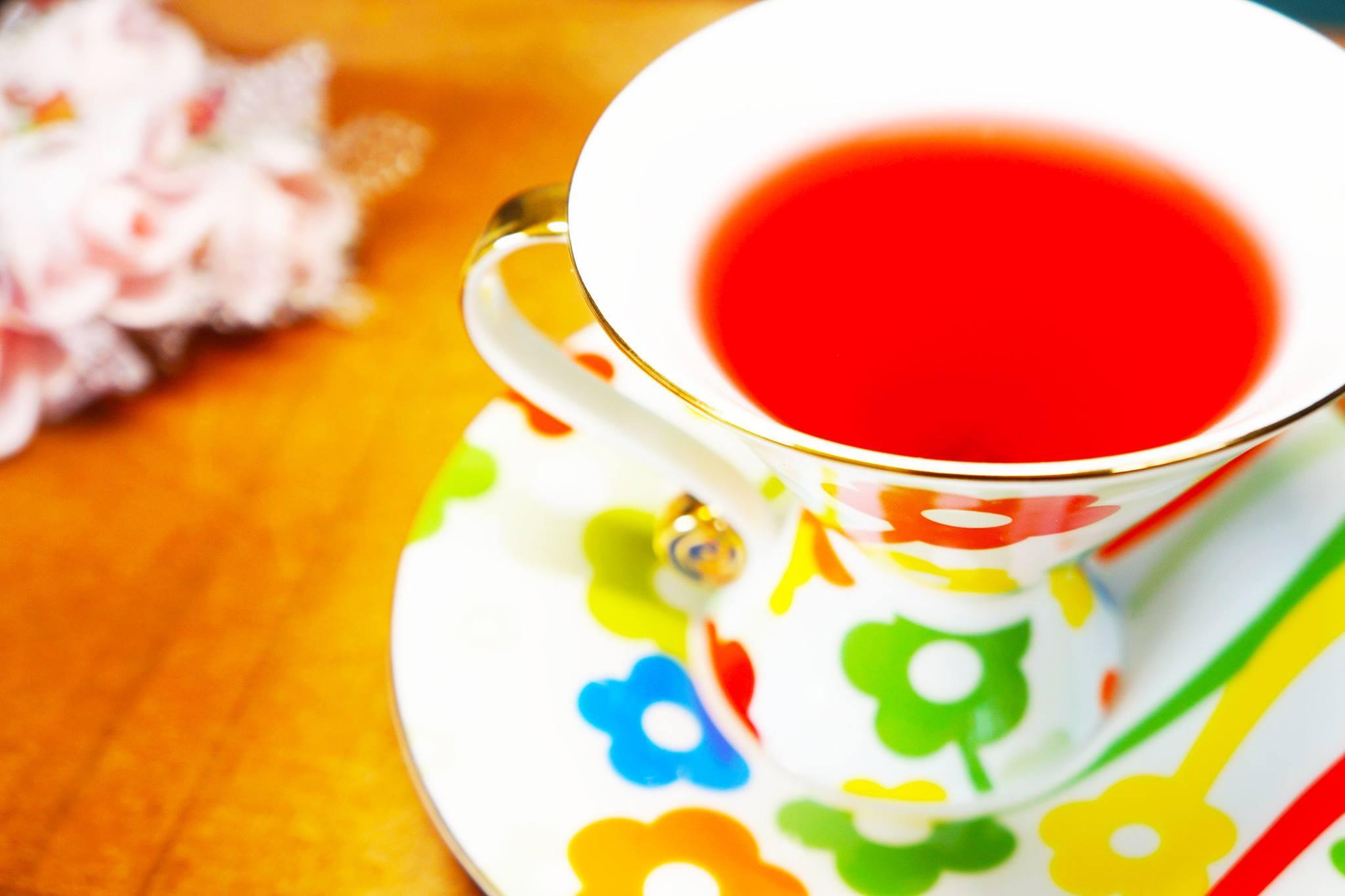 プレゼントするだけで想いが伝わる紅茶!目覚めがよくないあなたへ 今日も一日頑張れる紅茶