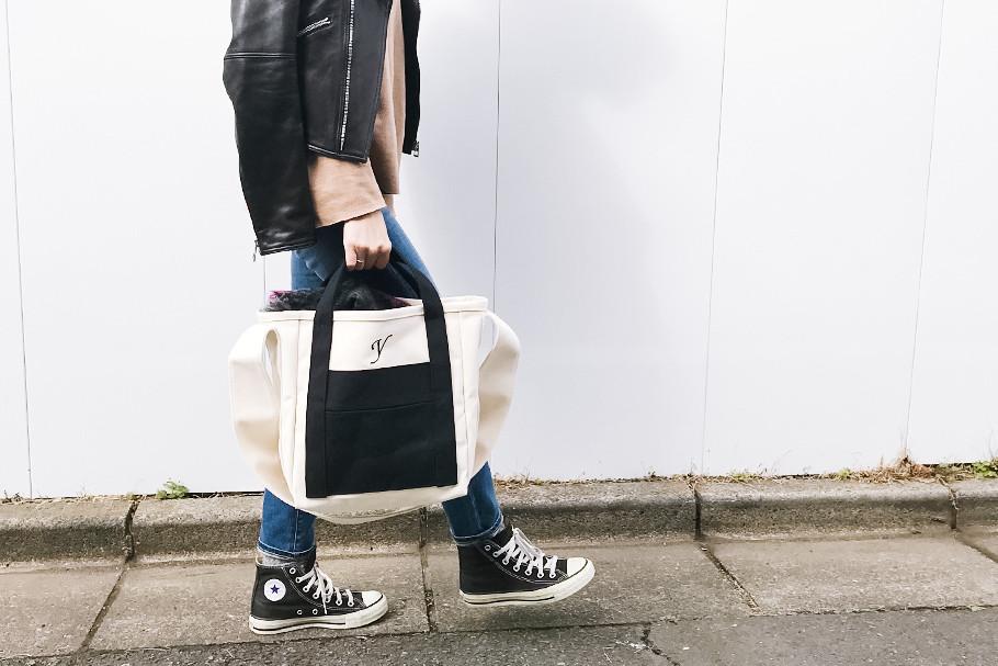 イニシャル刺繍でカスタマイズ!国産帆布でつくるショルダートートバッグ