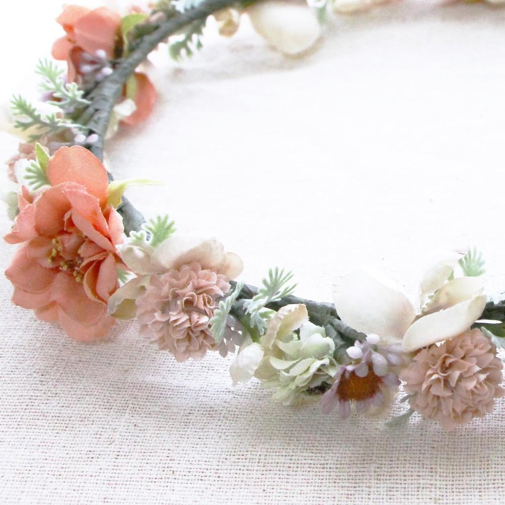 シャビーナチュラルの花冠登場!ウェディングやマタニティーのフォトにピッタリ。自然な感じで花冠を・・・
