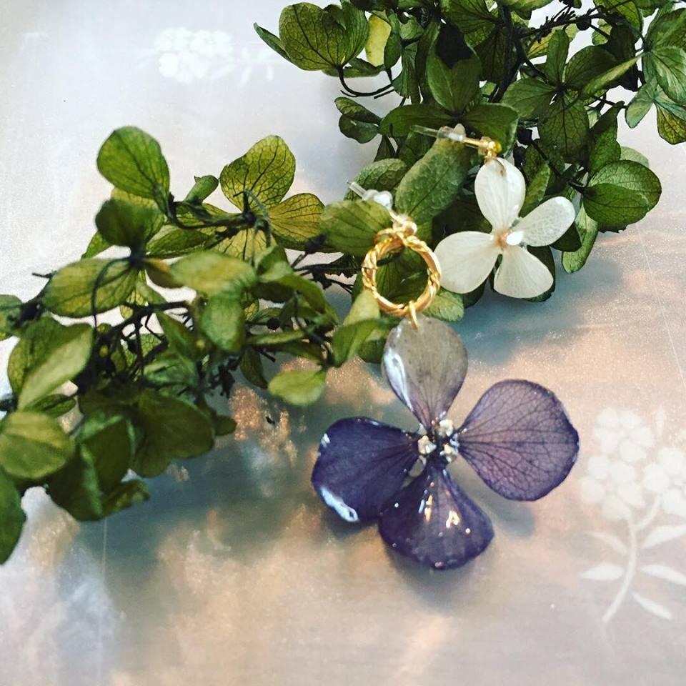 【本物のお花で作る紫陽花アクセサリーの会〜おうちカフェを開催しました】