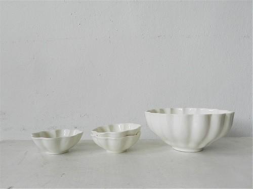 山本拓也さんの輪花鉢