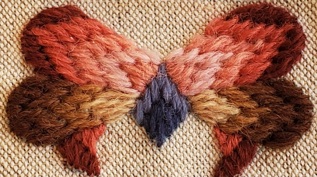 テトラポーチキットの刺繍部分カラー写真