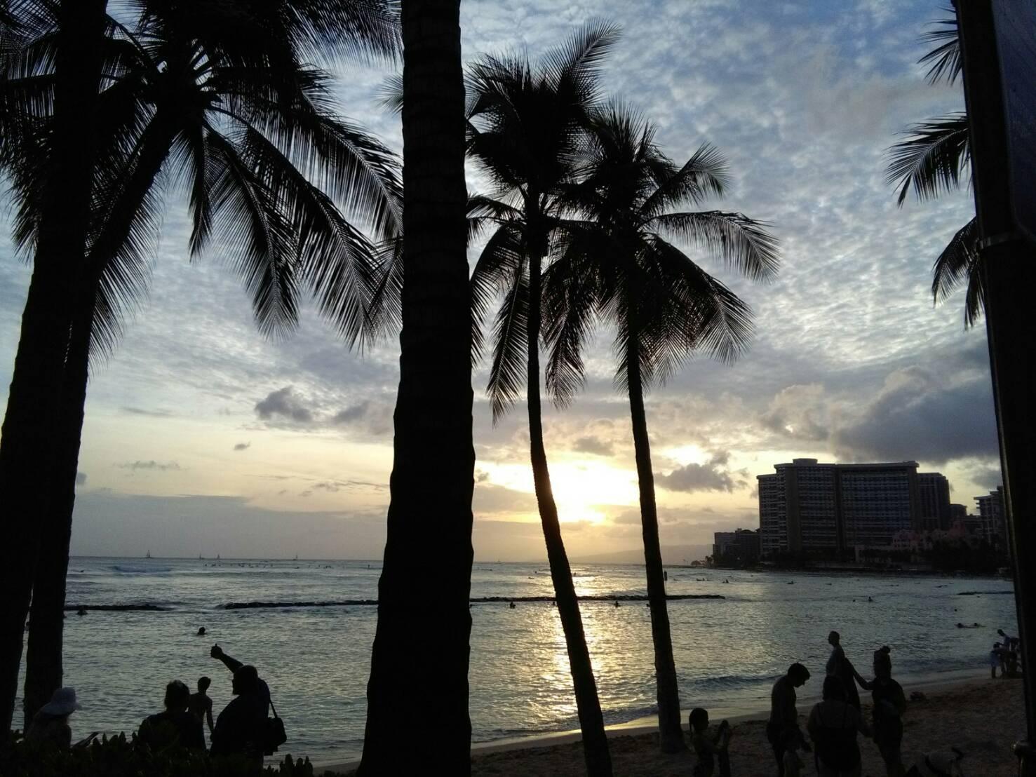 【旅するドールのハワイ旅紀行】緊急事態とハワイのサンセット
