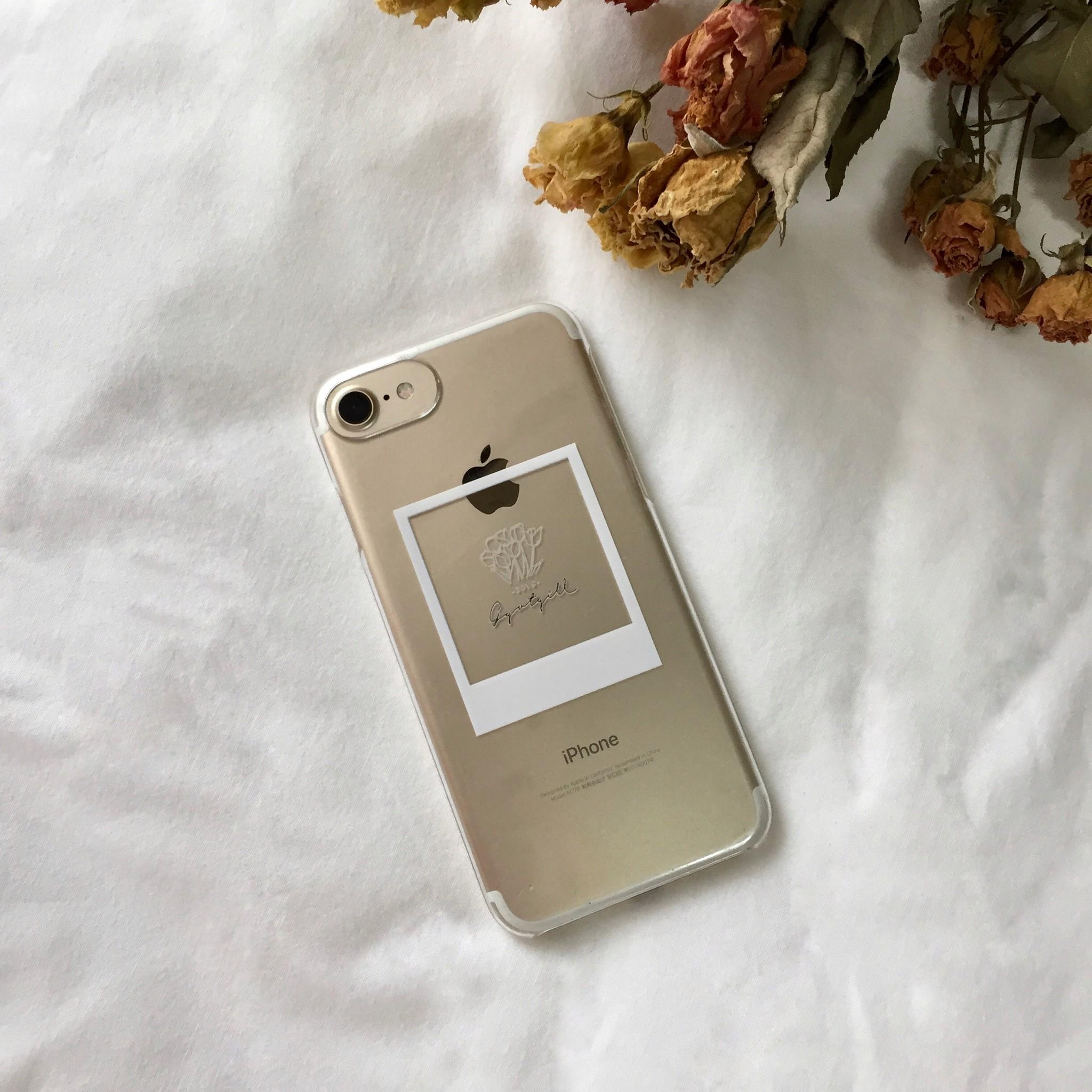 とにかくシンプルに、でもさりげなくこだわったiPhone caseのご紹介