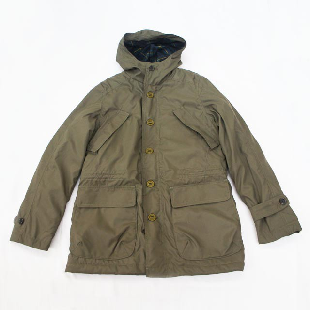 HOODED FIELD PARKA & BEAT SURRENDER