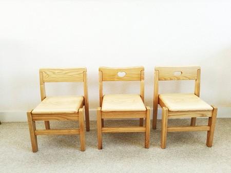幼稚園・図書館・カフェなどでも♪ スタッキングできるこども椅子3種☆