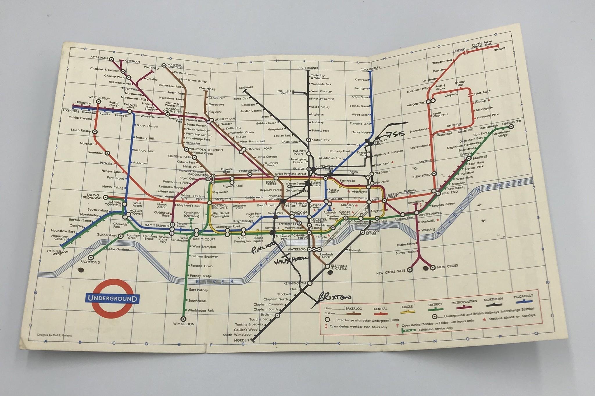 1964年、ロンドンの地下鉄ハンドマップ