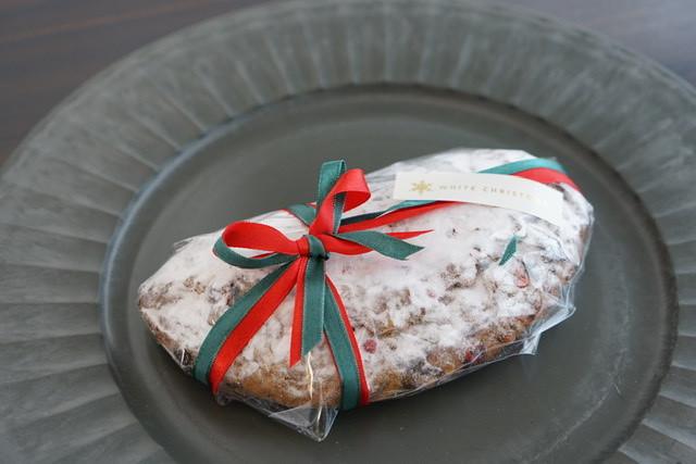 クリスマスに向けて少しずつ召し上がれ「ジンジャーシュトーレン」