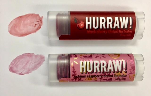 色付きリップ (2種類)の違いや色味成分の違いや香りについて