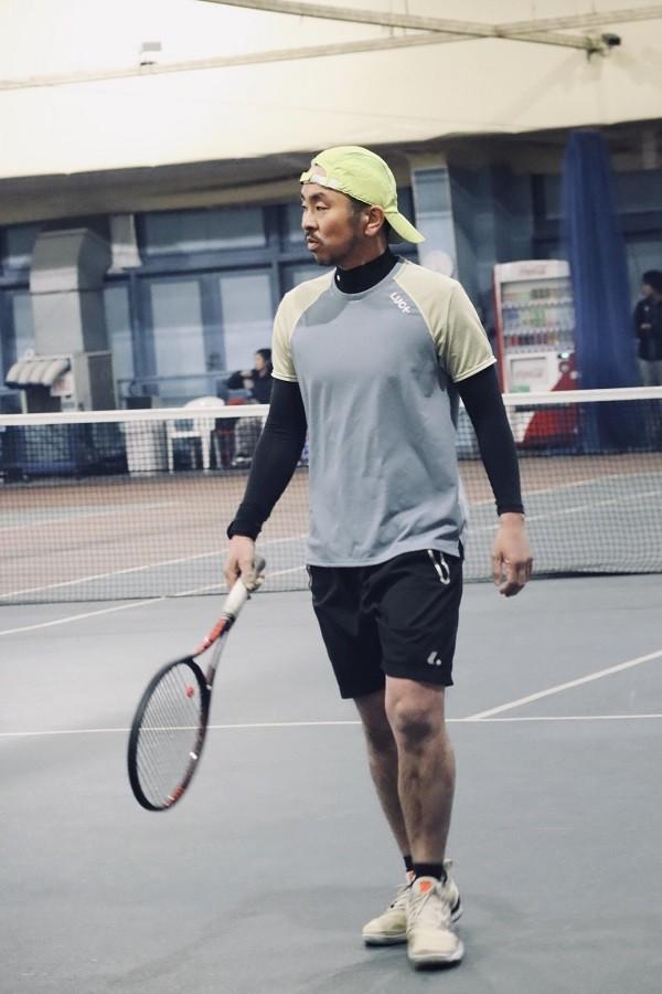課題をクリアするのが楽しくて、まだまだテニスが面白い!!【村山コーチレビュー】