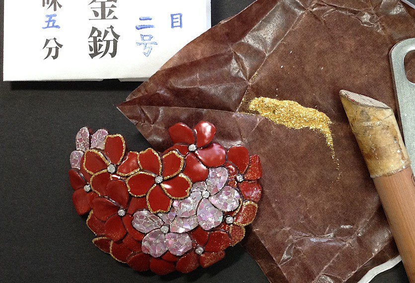 蒔絵の工程 : Process of the gold lacquerwork