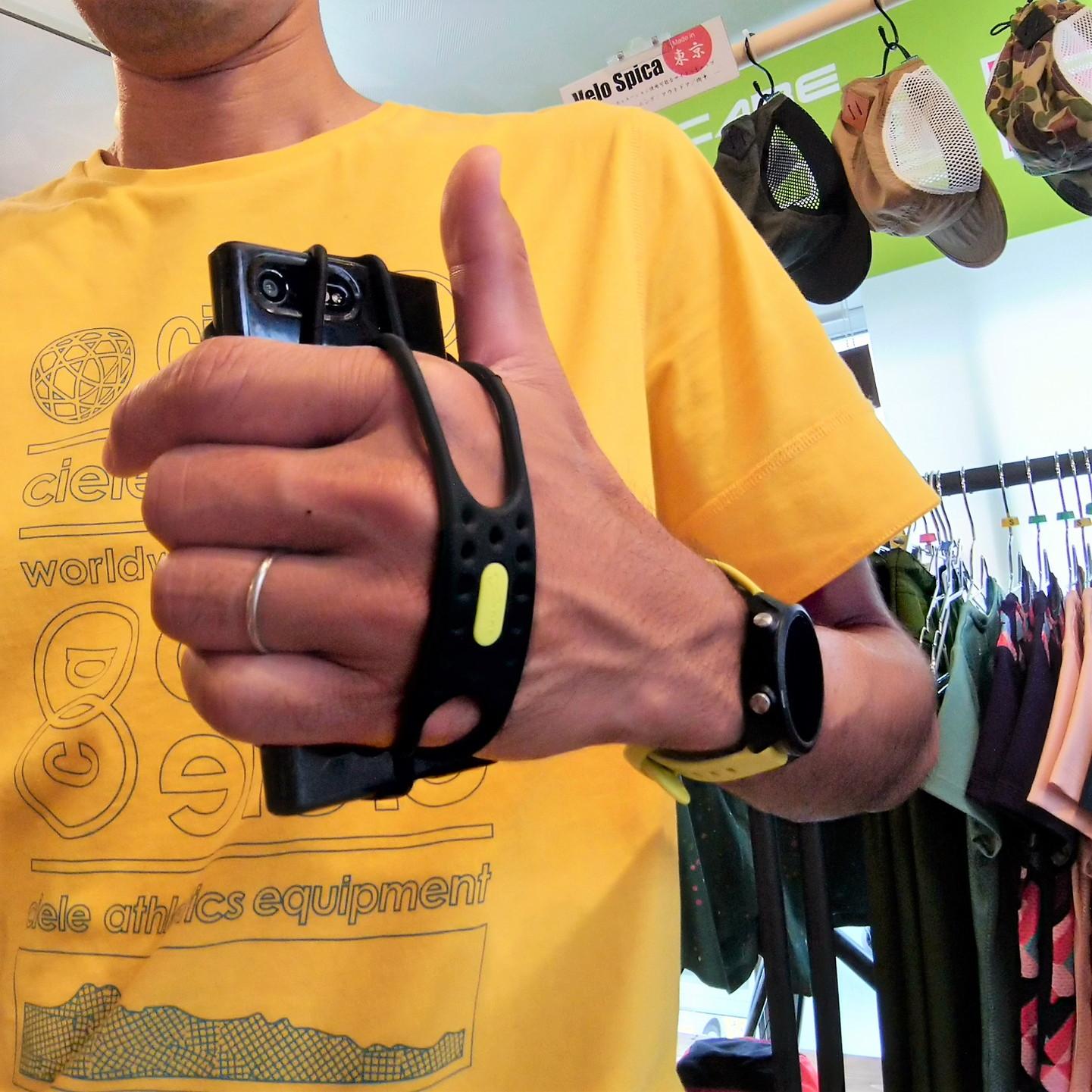 ランニング用スマホホルダーが入荷|BONE/Run Tie Handheld