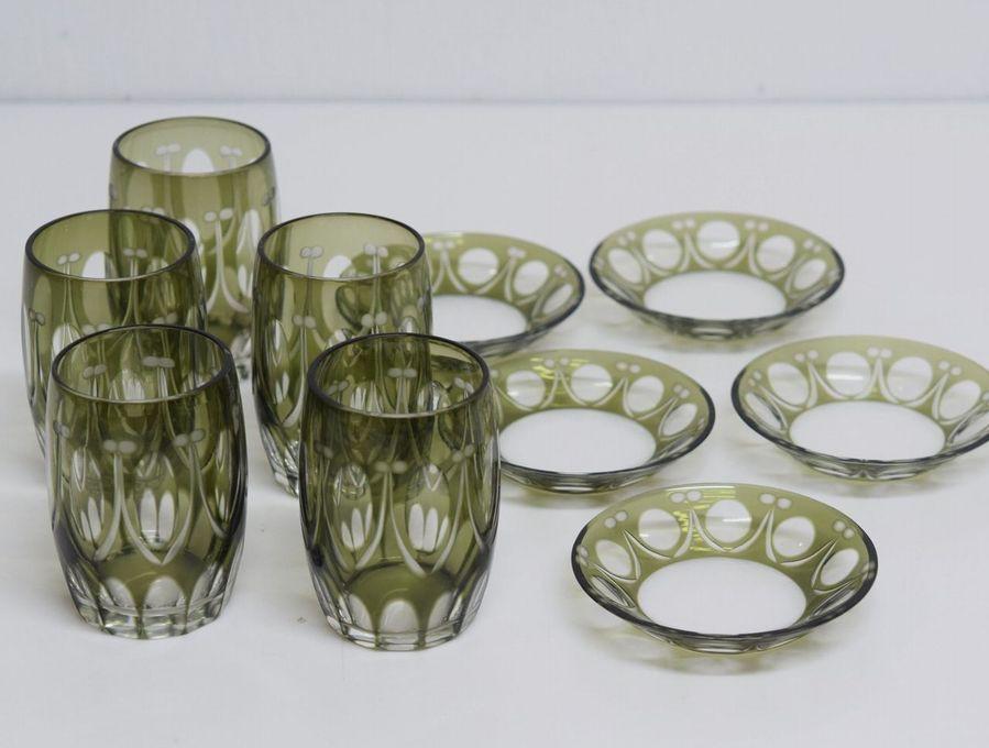 昭和レトロ 色被せ硝子 切子 グリーンのグラスと小皿 入荷しました。