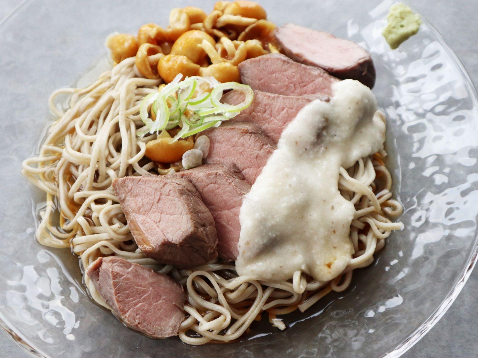 【レシピ】ステーキでのっけネバネバそば♪