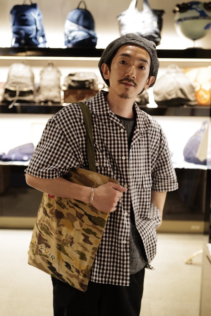 "【""STORY"" Back number 304】H/W PEACE CAMO TOTE/菊地"