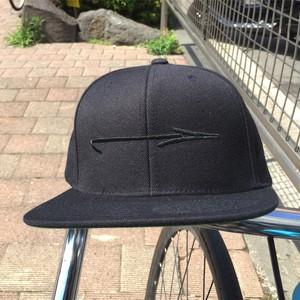 ARROW SNAPBACK CAP
