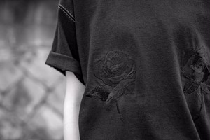 Rose T-Shirt (Black)