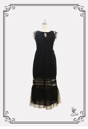 【完売御礼】Ruffle see-through Lace Dress / マキシ丈レースワンピース