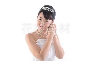 【0181】ポーズを取る花嫁