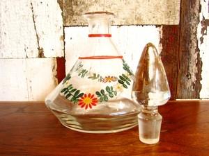 ドイツのアンティーク・リキュールのガラスボトル