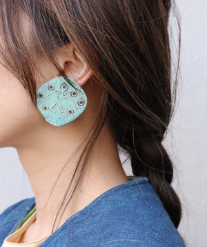 dead stock turquoise color big earrings