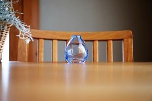 ガラス/一輪挿し/花ドロップ/ブルー/空西あかね