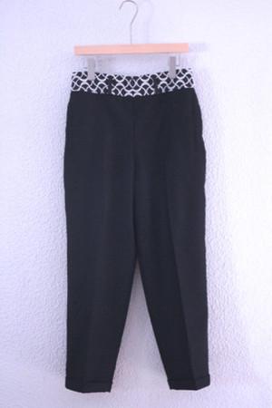 black pants / ohta