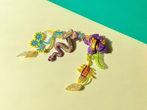 ARRO / 刺繍 ブローチ / GARDEN / purple 02