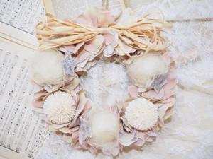 antique pink wreathe
