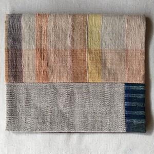 草木染め手織りの敷物